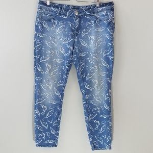 Seven7 Feather Print Skinny Jean's Size 18